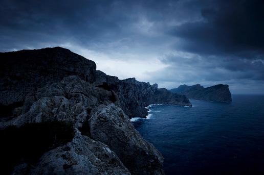 Leuchtturm – Cap de Fermentor im Morgengrauen