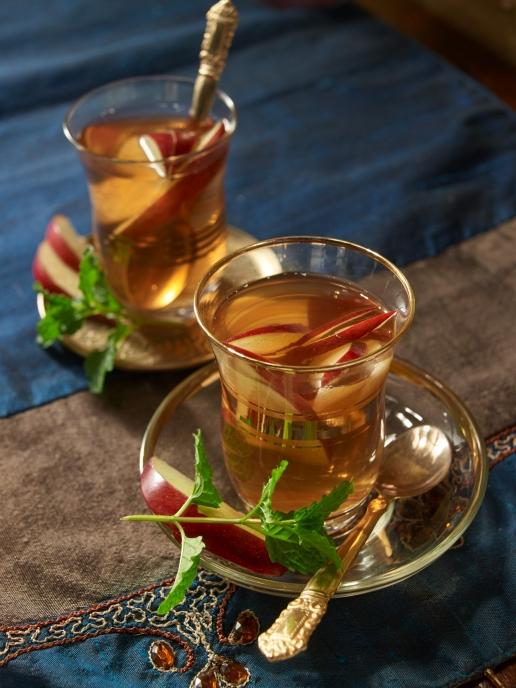 Apfel-Tee mit Minze